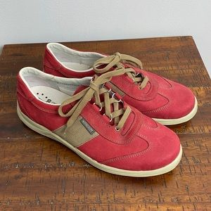 Mephisto Comfortable Leather Sneakers